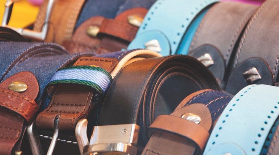 Cinturones para hombre de piel y tela.