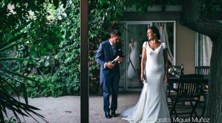 Curro Olea: chaqué azul para bodas.