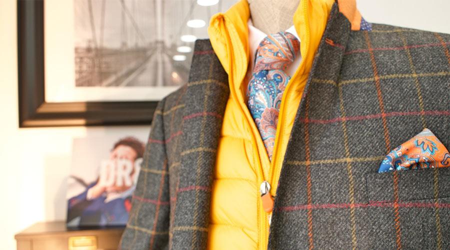 Chaqueta de cuadro ventana, en naranja y amarillo, con chaleco Save the Duck.